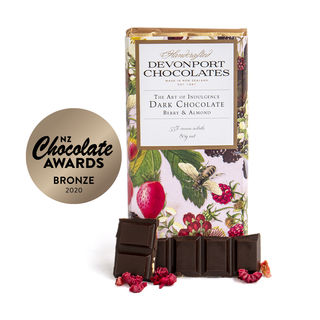 Silver Eye Dark Chocolate Berry & Almond Outer of 12